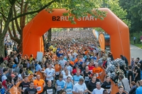 B2RUN feiert mit knapp 7.500 Teilnehmern die Deutsche Firmenlaufmeisterschaft