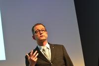 automotiveDAY 2012: Vortrag von Dr. Oliver Oswald (MHP) online erleben