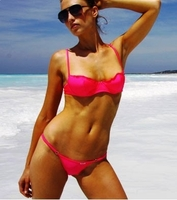 Divissima kommt mit ihrem ersten Push Up Bikini-Top Kollektion für am Strand