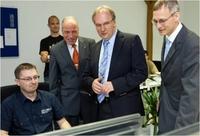 Ministerpräsident zu Besuch bei Pumacy in Bernburg