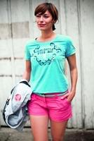 Sommerlich verspielt oder lieber cooler College-Look: Die Shirts, Polos und Blusen der Dolomite Sommer-Kollektion 2013 erfüllen jeden Wunsch