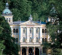 Urlaub mit Kuranwendungen im historischen Marienbad Hotel
