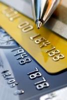 Sicher und entspannt in den Urlaub: Kostenlose Kreditkarten im Vergleich