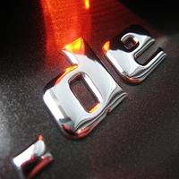 3D-CHROMOLETTERS: Werbung und Design