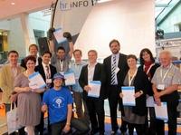 Unternehmer zeichnen Gründer mit dem Jungunternehmerpreis 2012 aus
