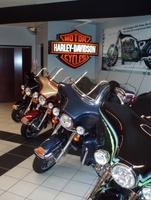100 Jahre im Dienst der Kult-Motorräder:   In Rockford/Illinois feiert der weltweit älteste Harley Davidson-Händler Geburtstag