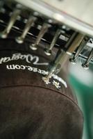 Bereiten Sie sich mit Werbetextilien von Toferer Textil auf die nächste Wintersaison vor.