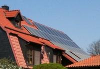 Photovoltaik- oder Solaranlage: Was bringt mehr?