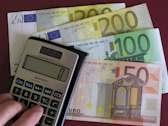 Festgeld Vergleich listet Anbieter die die Inflation schlagen