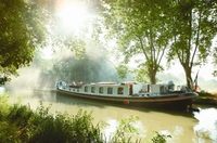 Jetzt auch Orient-Express-Hausboote im Le Boat Programm
