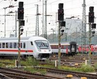 Berner & Mattner unterstützt UIC bei Standardisierung von Stellwerkstechnik - Fachleute für modellbasierte Spezifikation bringen Bahnstandardisierung voran