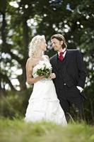 Neuer Online-Shop bei Meerweibchen Braut- und Festagsmode - Tipps für dei Brautfrisur - Die Bräutigammode 2012/2013