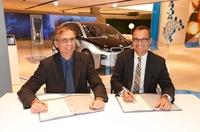 Ökostrompaket für Elektrofahrzeuge - NATURSTROM AG und BMW AG gehen strategische Kooperation zur Lieferung von Strom aus regenerativen Quellen ein