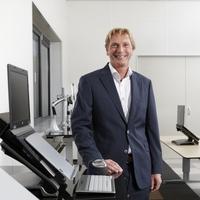 Ergonomie-Spezialist BakkerElkhuizen bietet innovative und gesundheitsfördernde Arbeitsplatzkonzepte für Unternehmen