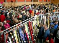 Traditioneller Wintersport-Secondhandmarkt markiert Saisonauftakt für den Skiwinter 2012/2013