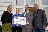 STAPLES spendet über 9.000 Euro an Deutschen Kinderschutzbund