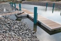 Neue 2-teilige, 100 m lange Schwimmsteganlage bei Leipzig