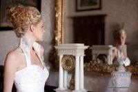 Die aktuellen Trends in der Brautmode und Abendmode!