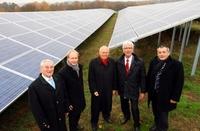 Solarpark fängt Sonne am Morgen und Abend ein