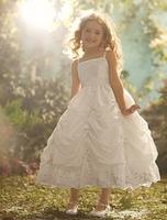 Ein Traum für kleine Prinzessinnen: Märchenhafte Kommunionkleider der Disney Kollektion von Alfred Angelo bei PV Brautmoden