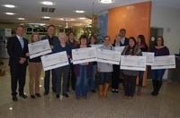 Die Raiffeisenbank Südhardt eG übergibt 14.000 Euro Spendengelder aus dem   Gewinnsparen.