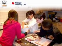 Mehr als 4.400 Euro Weihnachtsspende für die Kinderhilfsorganisation Children for a better World e.V.