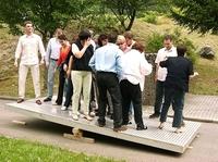 Neues Handbuch für Teamführung bietet Hilfe zur Selbsthilfe an