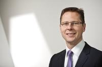 Kundenorientierung, Big Data, Basel III und Betrugsprävention bestimmen 2013 die Trends im Banking