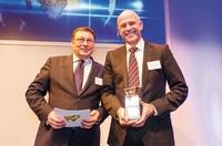 CSS.business wird als Versicherungsinnovation des Jahres ausgezeichnet:  Goldener Bulle 2013 für ganzheitliche Unternehmensabsicherung