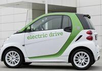 Umweltfreundlich zu den Kunden fahren mit Elektrosmart, Prius Hybrid und Co.