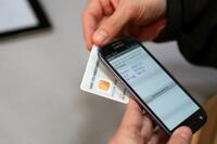 Smartphone trifft Girokarte: NFC-TAN macht Transaktionen sicher und komfortabel