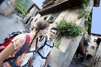 Es grünt so grün: Blütenwanderwoche in Südtirols Süden