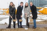 Baubeginn: Erster Spatenstich für das Büro- und Geschäftshaus HumboldtHafenEins in Berlin-Mitte erfolgt