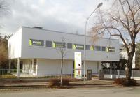Rücken College expandiert nach Österreich