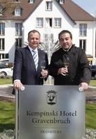 Acht Sterne: Juan Amador (drei Sterne) unterschreibt im Kempinski Hotel Gravenbruch Frankfurt (fünf Sterne)
