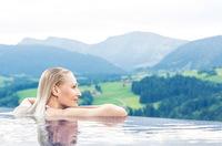 """Das Bergkristall - Natur und Spa trägt Gütesiegel """"WellVital - Wohlfühlen in Bayern"""" - mit Premiumzusatz"""