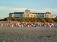 """""""Sonntagsliebe"""" im Strandhotel Kurhaus Juist ganz nach dem Motto: Entspannen, genießen, sich treiben lassen"""