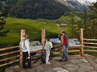 Gemütlich am Großglockner:  Auf dem neuen Talrundweg Kals  genießen Gäste die sanfte Tour