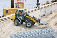 Kaimauersanierung mit Mietmaschinen
