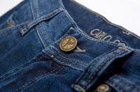 CARLO COLUCCI gratuliert der Blue Denim Jeans zum 140. Geburtstag