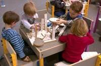 VOX Möbel auf dem Internationalen Design Festival in Berlin - Weltpremiere für die Kindermöbel-Kollektion Smart by VOX