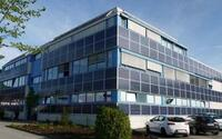 Spezial-Photovoltaik-Solarstrom Anlagen für Fassaden, Carports und Gewächshäuser in allen Größen und Farben