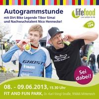 Dirtbike Legende Tibor Simai gibt Autogrammstunde in Mitterteich