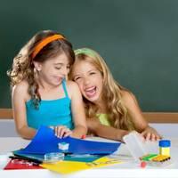 Gemeinsam helfen: Schlaue Ideen für optimal ausgestattete Kindergärten und Schulen