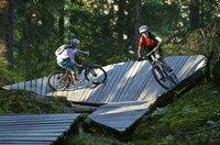 Mit dem TREK Runcatrail öffnet in Flims der längste Flow Country Trail Europas