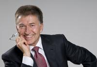 Antrag von Hans Becker beim Kartellamt zu Aufschaltungsverträgen zeigt Wirkung