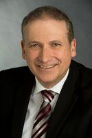 Prof. Dr. Joachim Pös jetzt dritter Geschäftsführer von Nassauischer Heimstätte und Wohnstadt