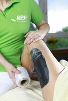 Gegen Cellulite hilft Heilerde mit Salz- und Algen-Gehalt