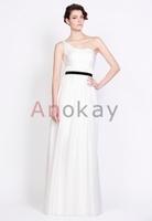 Hochzeitskleider und andere faszinierende Kreationen präsentiert Anokay