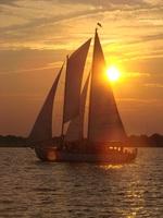 Die Segel sind gesetzt: Leinen los an der Chesapeake Bay